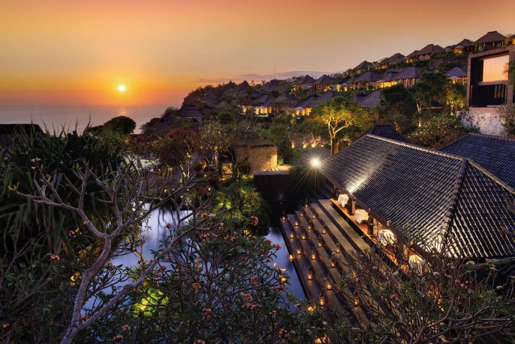 Honeymoon di Bvlgari Resort Bali