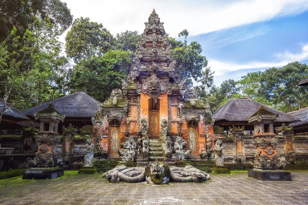 Honeymoon di Villa Romantis Tengah Sawah: Kubu Soca Villas Ubud