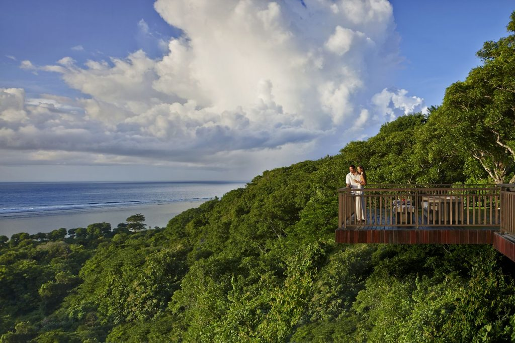 Honeymoon di Hotel The Ritz Carlton Nusa Dua Bali