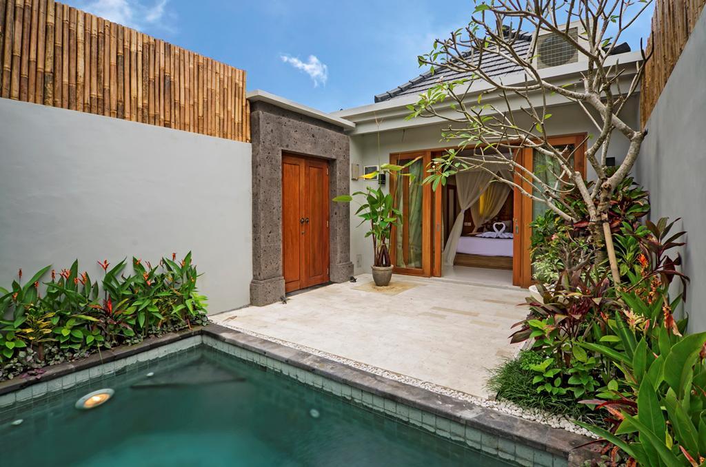 Honeymoon di The Widyas Bali Villa