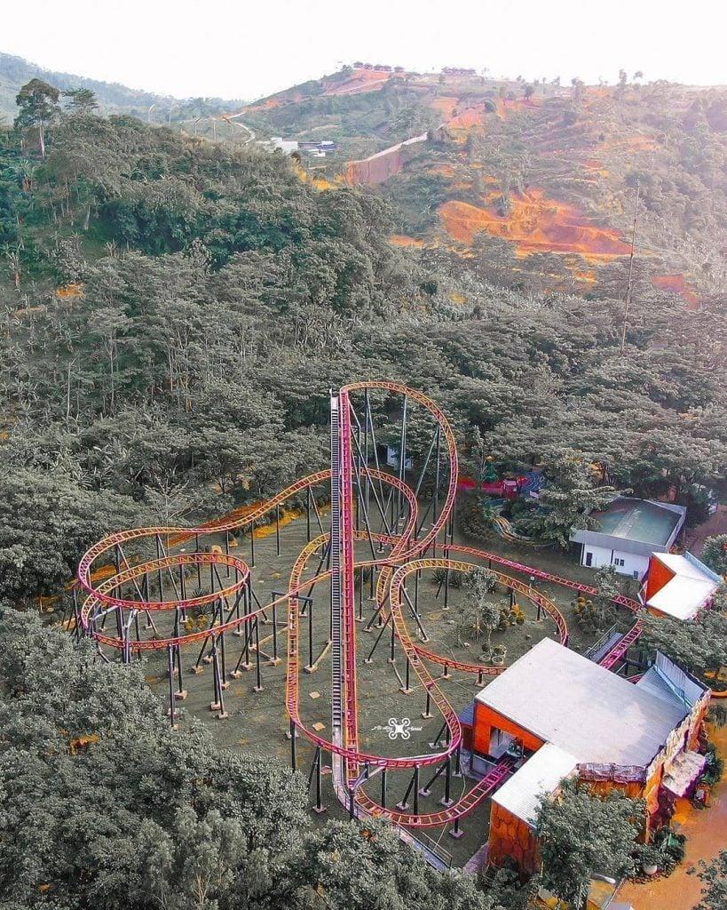 JungleLand Adventure Theme Park, Tempat Bermain Nuansa Alam di Indonesia