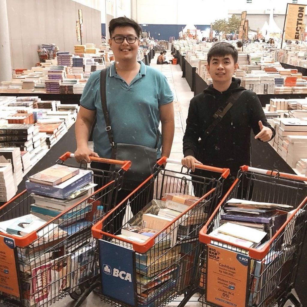 Big Bad Wolf Jakarta Event Seru Pameran Buku Diskon untuk Pasangan Pecinta Buku di Jakarta