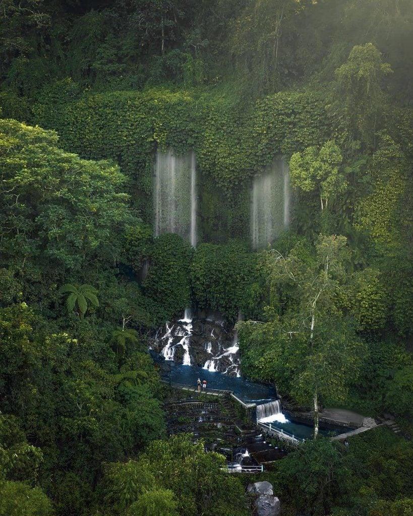 Air Terjun Benang Kelambu, Bagaikan Tirai yang Melayang-layang di tengah Hijaunya Alam Lombok