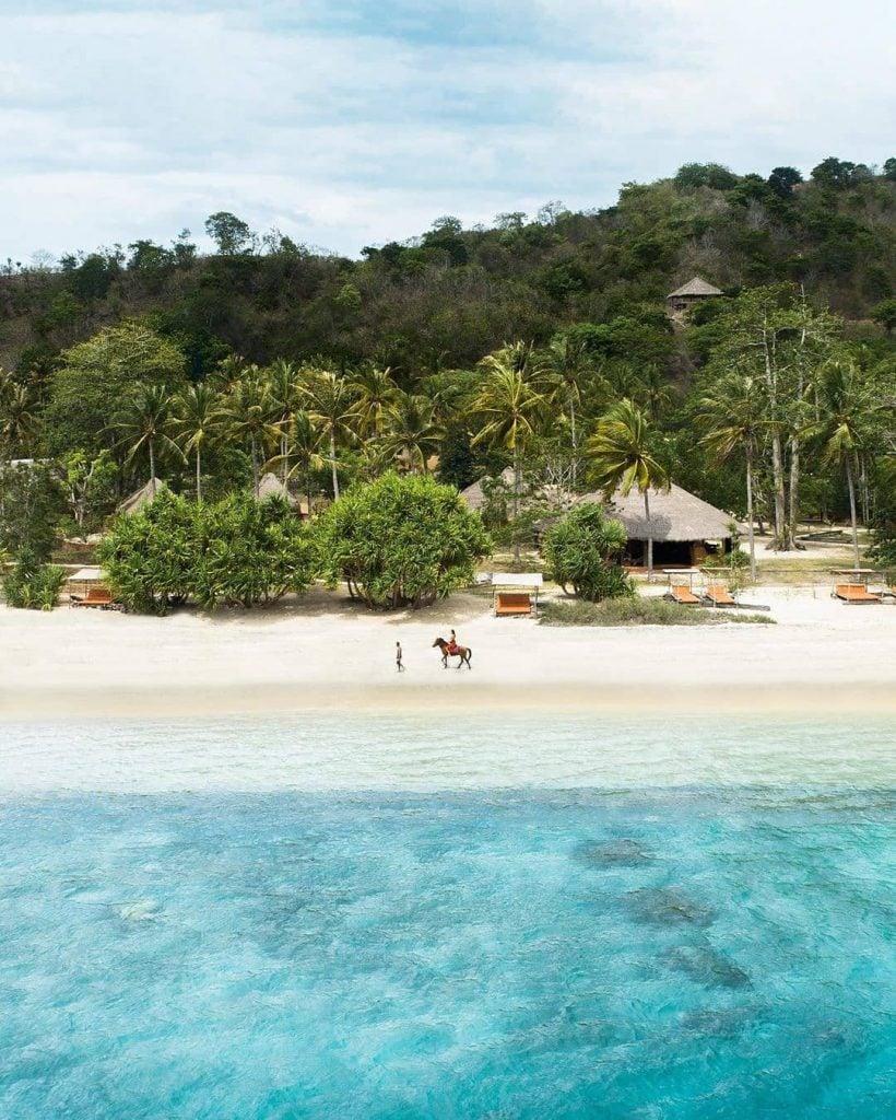 2. Lombok Tidak Seramai dan Sepadat Bali