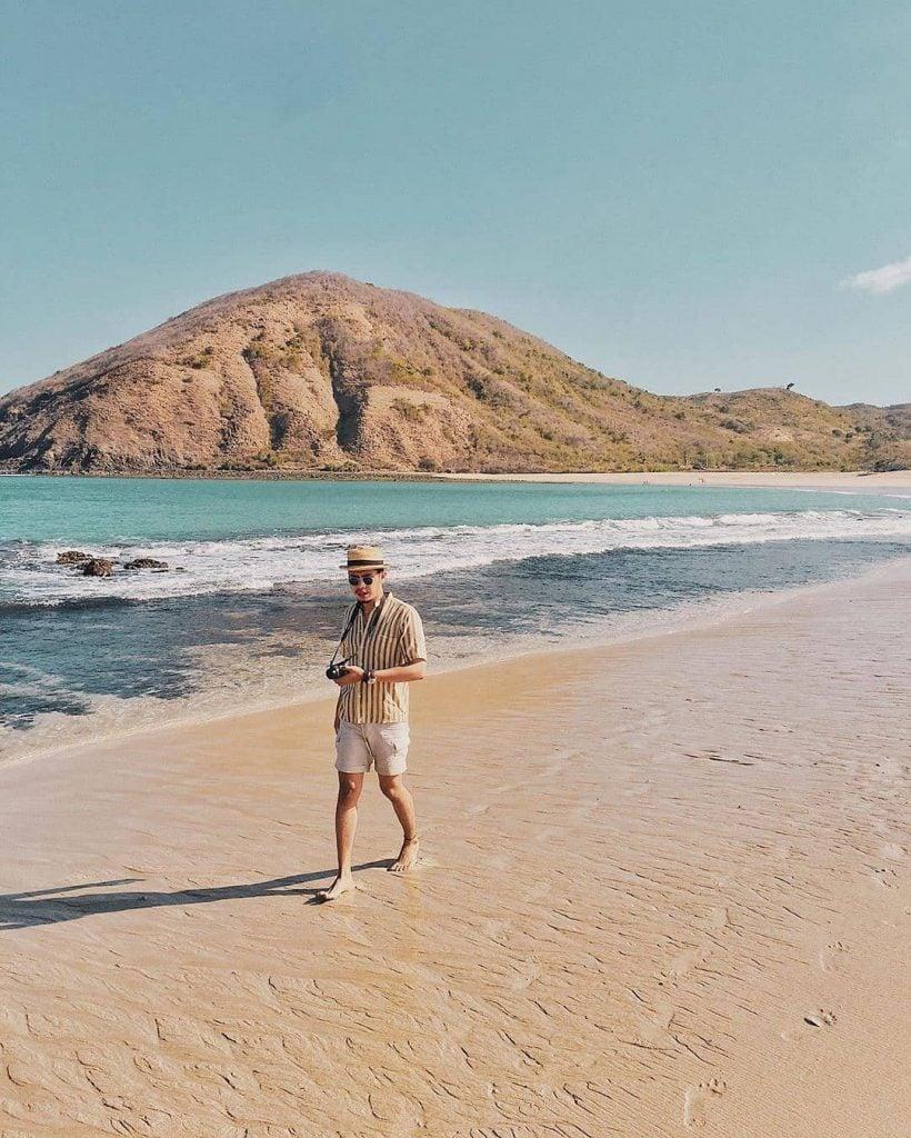 Pantai Mawun, Pantai Indah Suasana Alami di Lombok