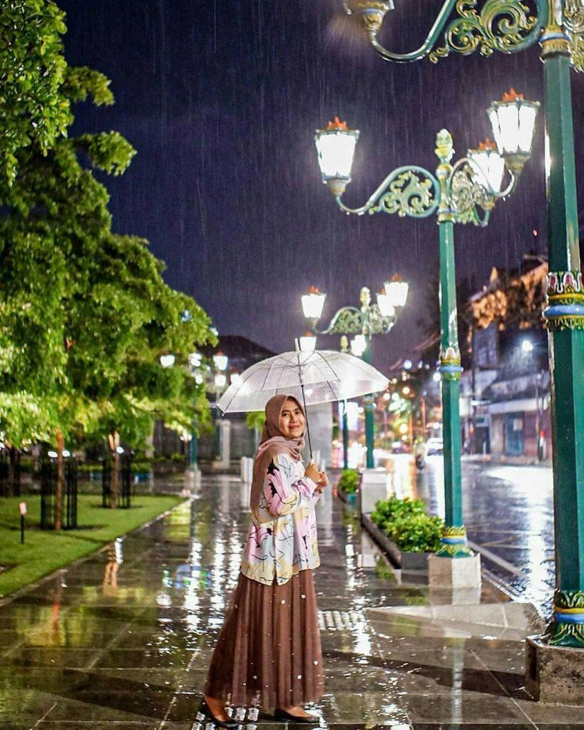 Tips Jalan-Jalan di Jogja Saat Musim Hujan