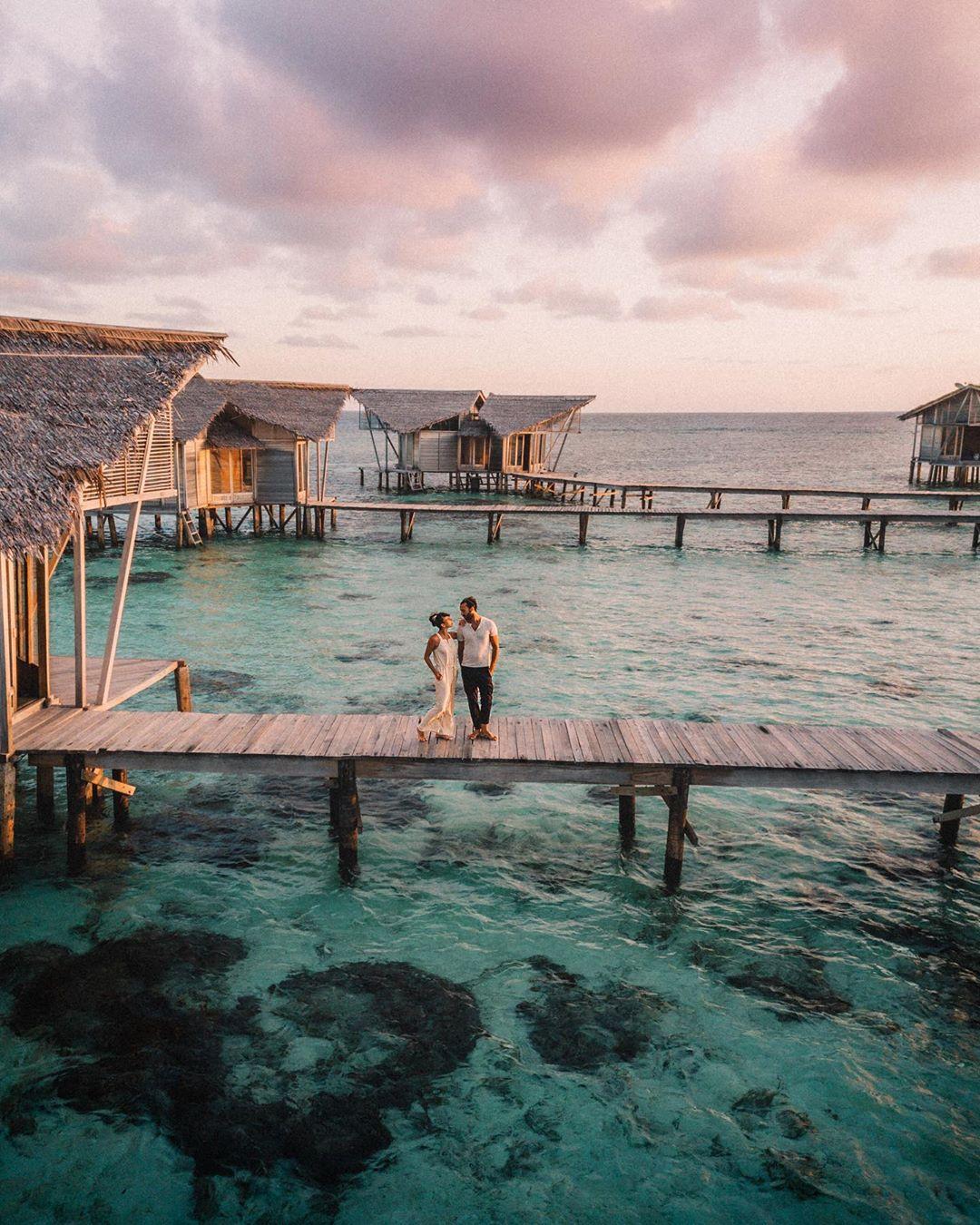 20 Destinasi Honeymoon Di Indonesia Yang Tak Ada Habisnya