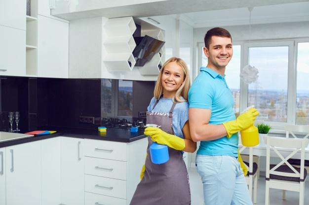 Rekomendasi Aktivitas Honeymoon Di Rumah Selama Wabah Virus Corona