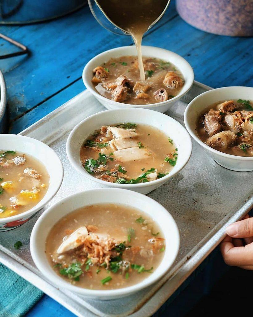 Resep Sop Ayam Pak Min Klaten yang Melegenda
